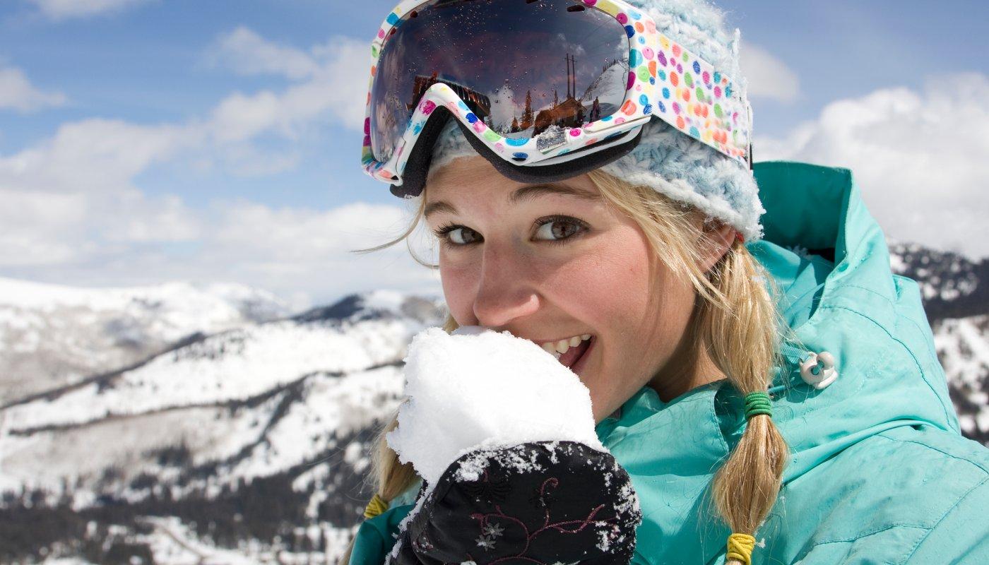 woman-eating-snow_h.jpg