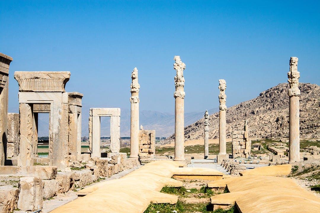 original_1._20LEDE_Persepolis_Matyas_20Rehak_Shutterstock_139188983.jpg