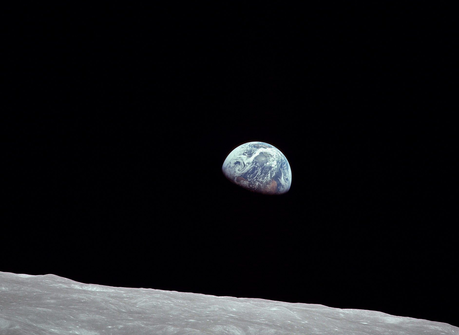 NASA_Earthrise_AS08-14-2383_Apollo_8_1968-12-24.jpg
